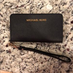 Black Michael Kors wallet/wristlet